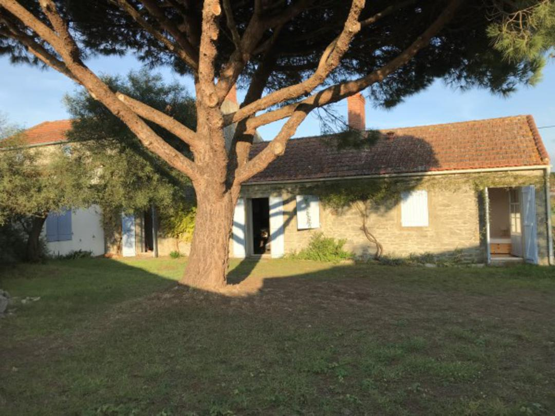 Immobilier Noirmoutier : doit-on investir dans l'immobilier ancien ?